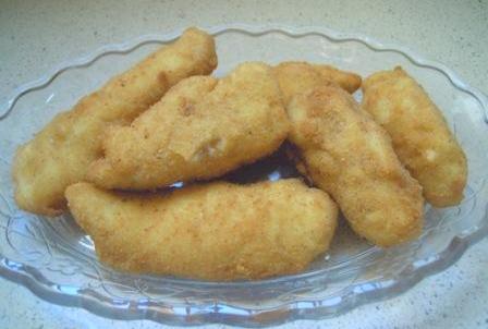 Pechugas de pollo empanadas con bechamel (4/4)