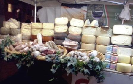 mercadillo quesos