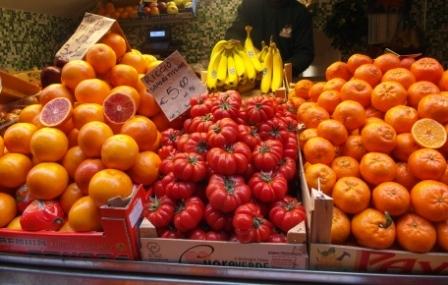 naranjas y tomate